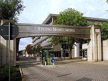 220px-Filmstudio_Babelsberg_Eingang